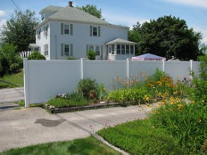 NH fence contractors